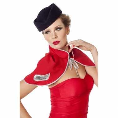 Hoedje voor bij een stewardes outfit