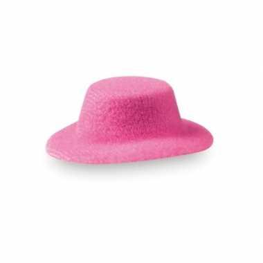 Hoge mini hoedjes op clip