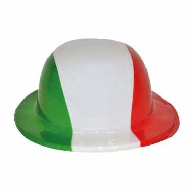 Plastic hoedjes italie
