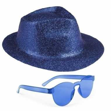 Toppers - blauw trilby glitter party hoedje met blauwe zonnebril