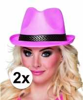 2x roze toppers trilby hoeden voor volwassenen