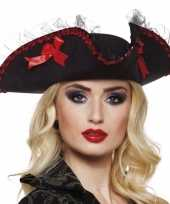 Driesteek carnavalshoed zwart rood hoed